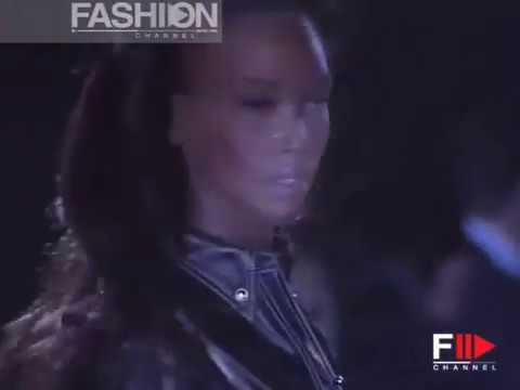 Gianni Versace Autumn Winter 1992 1993 Milan 2 of 3 Pret a Porter Woman by