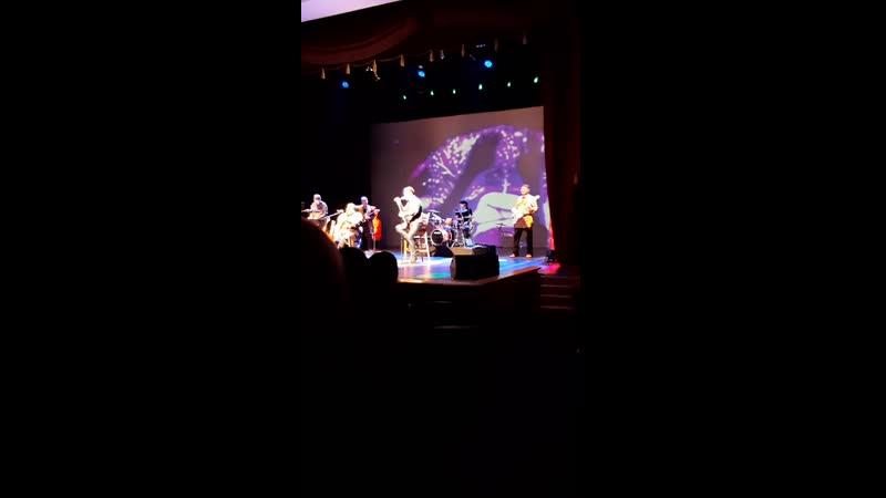 Эмиль Толкочеков Добрыня Сатин Новая Азия Курен кус фрагмент из концерта Песни кочевников