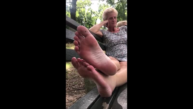 Mature woman 57 yo from the Netherlands shows soles Interview in Park
