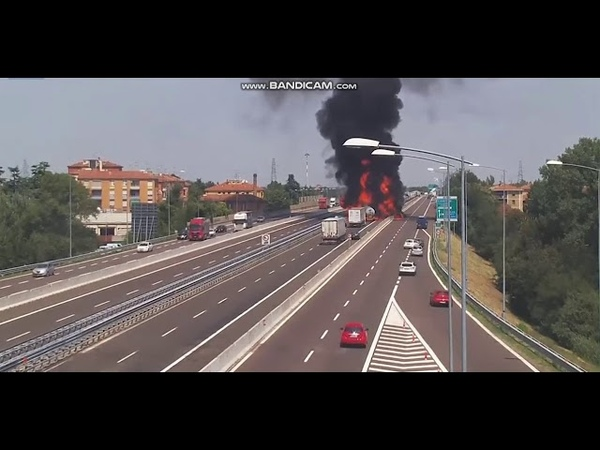 YouTube Trend :captures moment tanker truck explodes in Italy 2019
