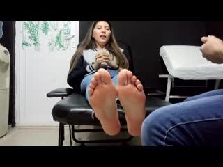 feet tickling