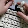 """Предметная фотография Уроки on Instagram: """"Вязание на пальцах узор из рубрика_вдвенитки. Получается очень быстро и красиво. Нитки толстяки от @k"""