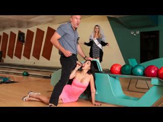 Valerie kay - bowling for the bachelor (big ass, big tits, blowjob, black hair, latina)