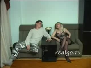 Вечеринка на квартире в Москве,у свингеров,довольно интересное видео!
