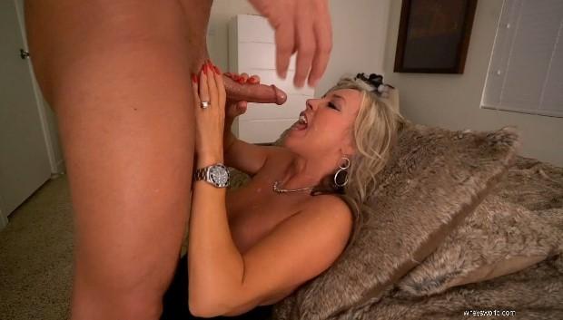WifeysWorld - Hotwife Fun
