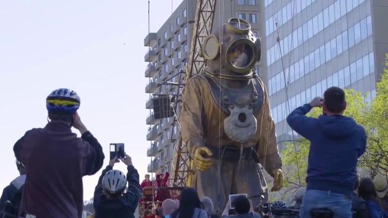 Уличный театр гигантских марионеток Royal de Luxe