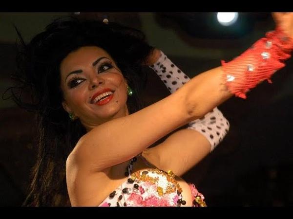 Unblievable dance moves (Baladi Tabla) - رقص كاميلياعلى الطبلة ياخد العقل