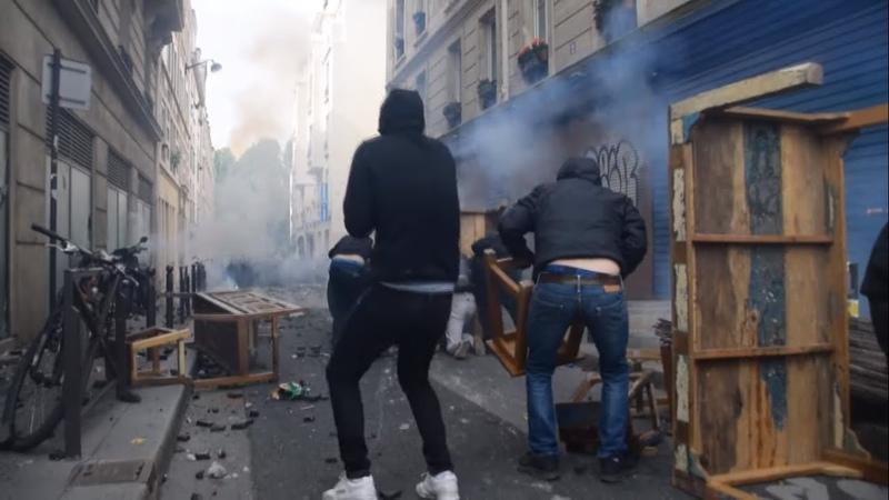1er Mai: Scènes de guérilla urbaine - Black Block et CRS - Paris 01.05.2019