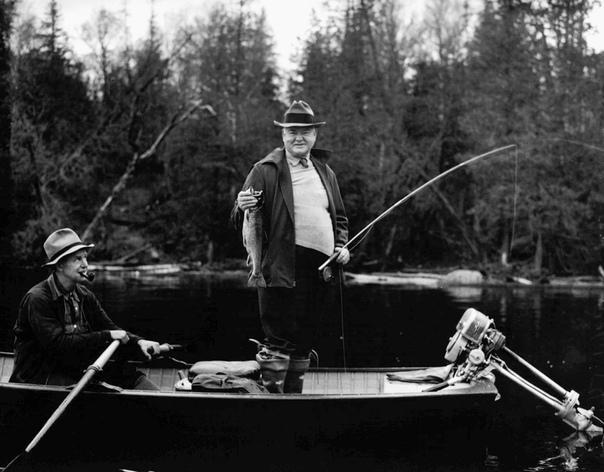 Герберт Гувер (1929-1933) - самый невезучий президент. Гувера триумфально избрали в 1928 году от правящей республиканской партии, когда Америка переживала экономический бум. А через 4 года за