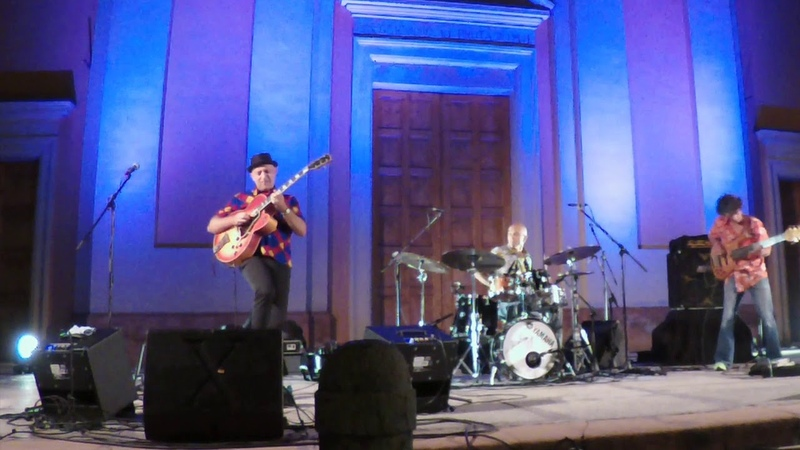 TRIO BOBO (Faso-Menconi-Meyer) James Bobo Alessio Menconi Guitar Solo