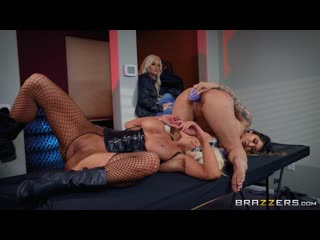 Brenna sparks, nicolette shea harlots of hell порно porno русский секс домашнее видео brazzers фулл
