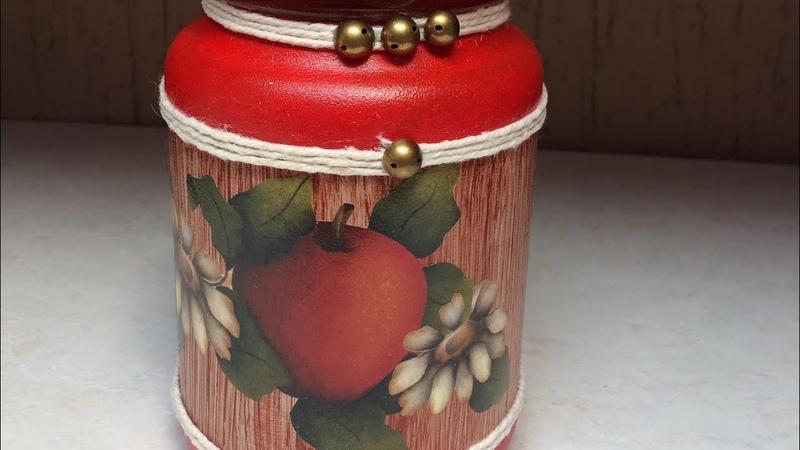 Pote de vidro com decoupage e efeito falsa madeira