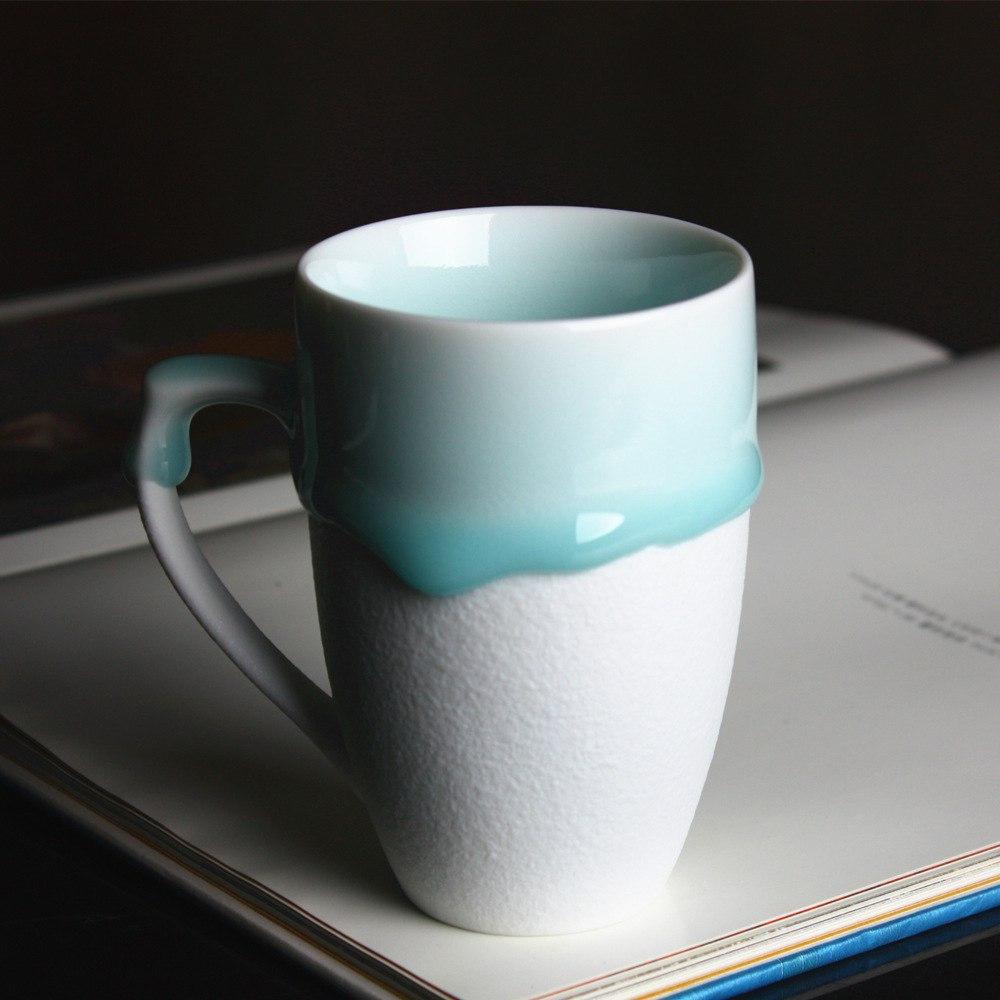 Чашка в глазури -