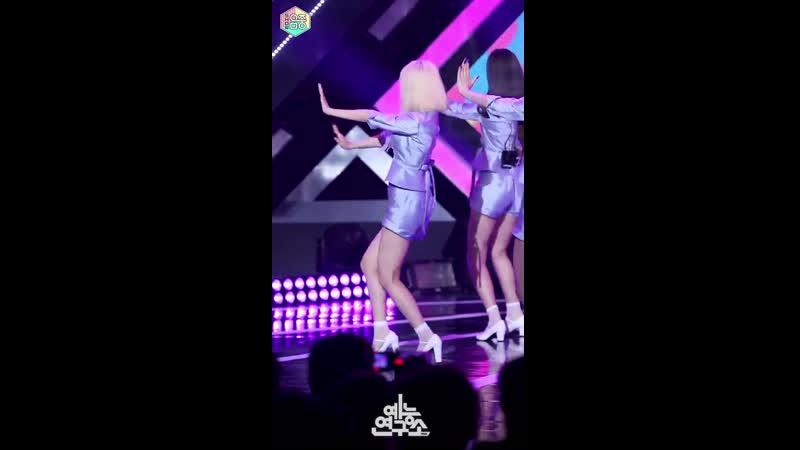 [예능연구소 직캠] fromis_9 - LOVE RUMPUMPUM(LEENAGYUNG), 프로미스나인 - LOVE RUMPUMPUM @Show!MusicCore 20190713