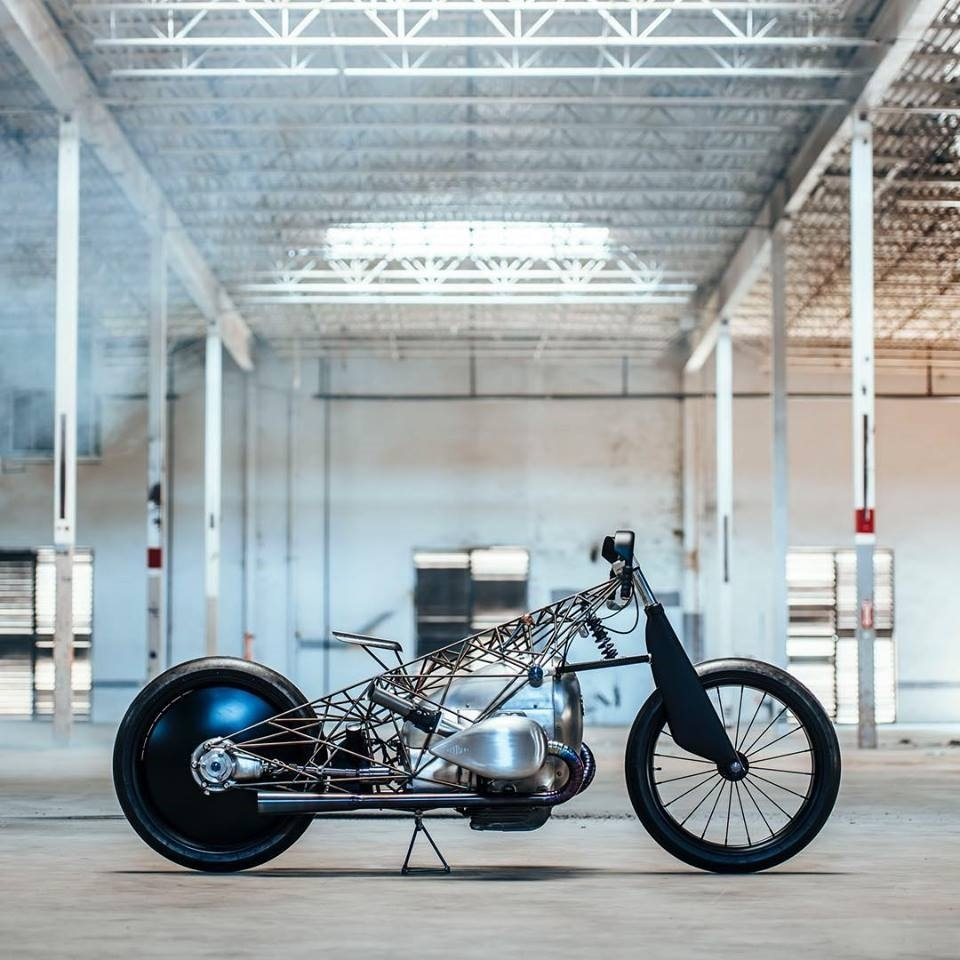Revival Cycles: кастом BMW Birdcage