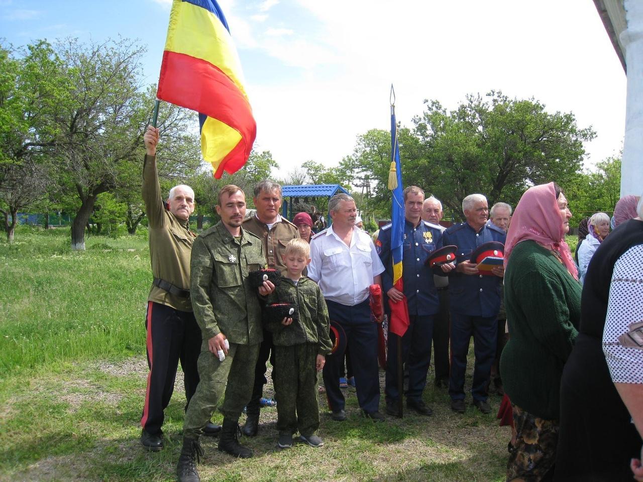 Провальские казаки на святого Николу повенчали молодых по старинным традициям