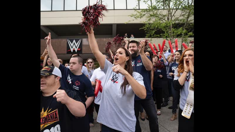 Becky Lynch cheers on the Special Olympics Connecticut Law Enforcement Torch Run at WWE Headquarters