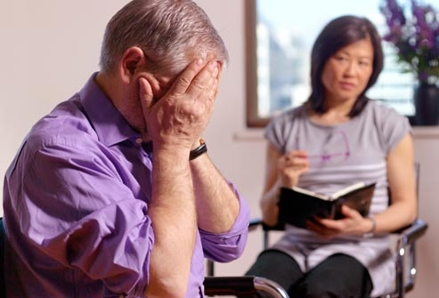 Врачи и исследователи не уверены в том, что вызывает острое биполярное расстройство.