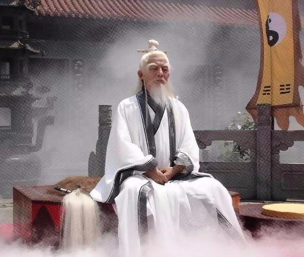 Го Ян и Морской Владыка Дракон Го Ян был человеком учёным. Многого бы мог достичь, но, к сожалению, был он ещё и горьким пьяницей. А как напьётся, то сразу либо философский диспут заводит, либо