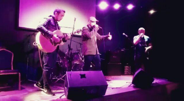 """Acoustic Paradise on Instagram: """"Исполняем песню «с Душою нараспашку» в клубе Mezzo Forte на вечере в честь 3-х летия объединения поэтов «Жемчужный..."""