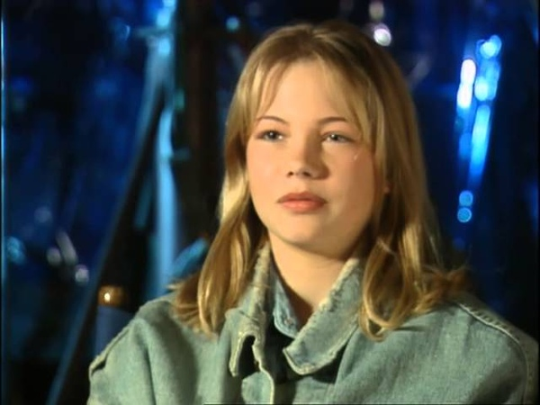 14-year old Michelle Williams on the set of Species