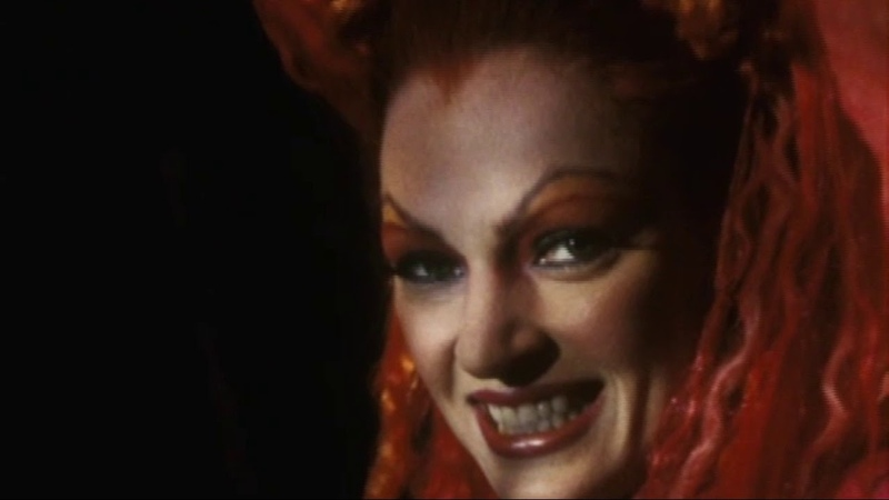 UMA THURMAN as POISON IVY INTERVIEW