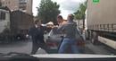 Водитель джипа устроил разборки на дороге в Подмосковье