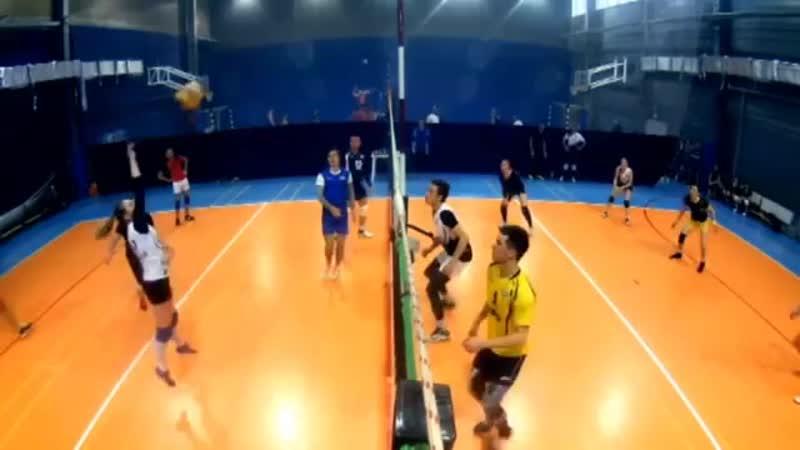 V удар в волейболе mp4