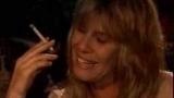 Vale Tudo (1988) - Heleninha enche a cara