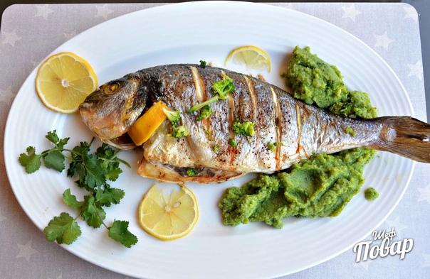 Запеченная рыба с горчицей и зеленью