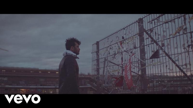 Fabrizio Moro - Ho bisogno di credere (Official Video)