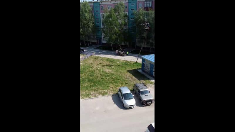 Уборка машин в 8а мкр