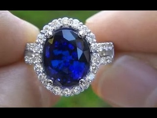 Rare Kate Middleton Blue Sapphire Engagement Ring Auctioned on eBay Certified $230,000 Valuation
