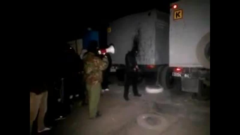 Укропы впервые открыли огонь по безоружному гражданскому пикету. Мариуполь, 16 апреля 2014-го.