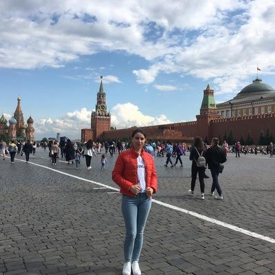 Александра Ефанова