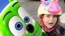 Kids playing to GummyBearSong - Gummy Bear Song