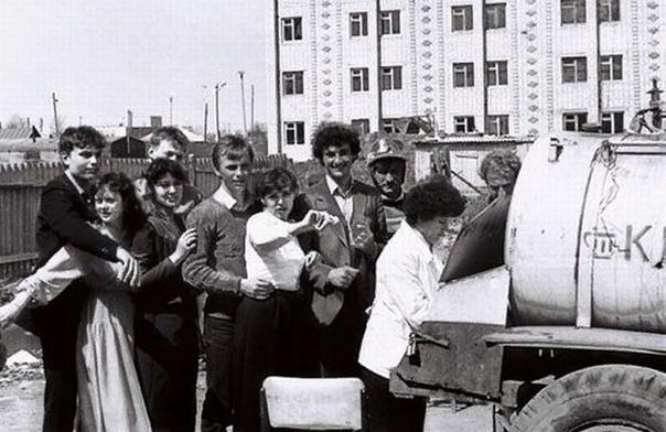 Городские Легенды СССР (часть 1) А ведь действительно - помрем мы все, кто родился в СССР - и некому будет рассказать будущим фольклористам из СССР-2 про городские легенды, которые существовали