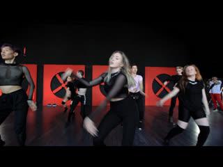 House of ninja| veronika ninja (jay sean — ride it)| heels