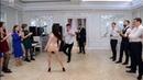 Батл на свадьбе. Танцы парней против девушек