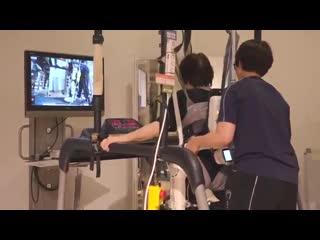 Ничего особенного. Просто наука и технологии дают возможность ходить тому, у кого не было никаких шансов прежде. В Японии.