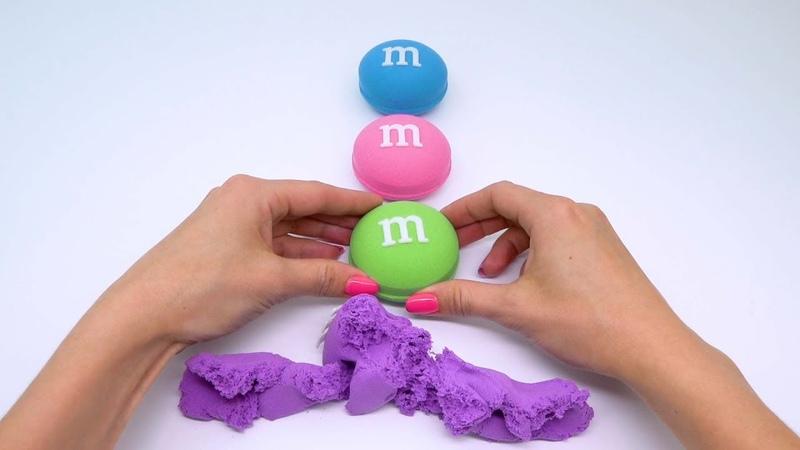 Учим цвета с помощью песка Песочные конфеты и куличики Детское видео как лепить из песка
