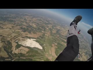 Skydiving accidents compilation (epic fails in skydive)