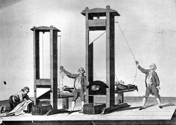 Профессор анатомии Гильотен был противником смертной казни.