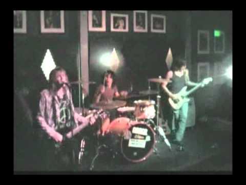 Donnie Vie - Rockin World with Derek Frigo and Vikki Foxx of Enuff ZNuff
