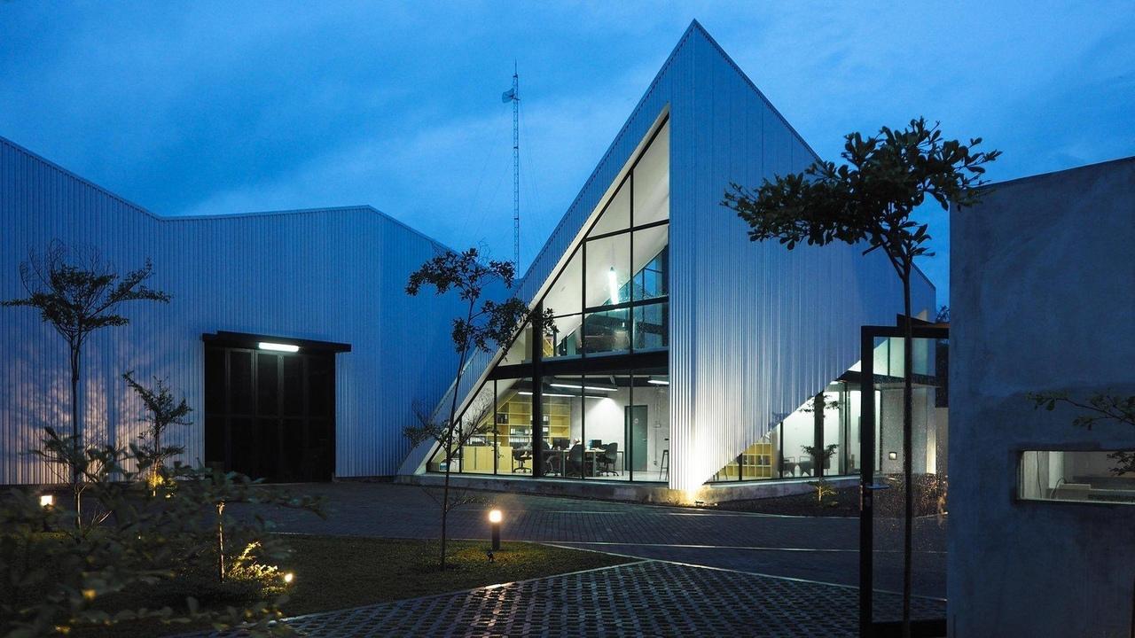 Office KL by Studio Kota Architecture