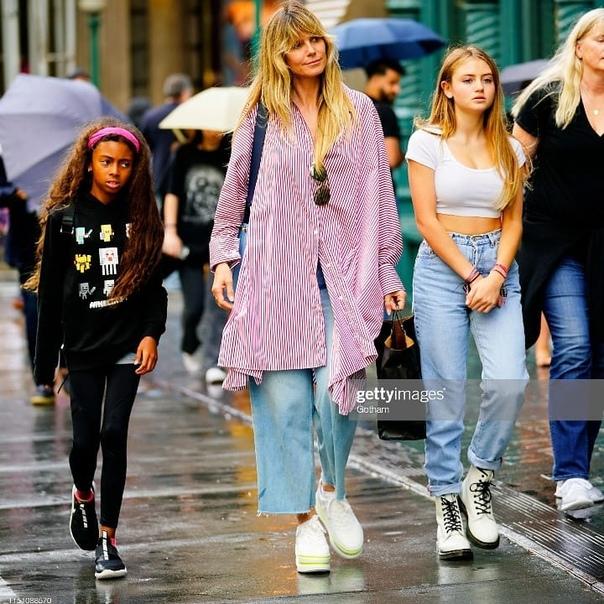 Придется подвинуться: дочь Хайди Клум собирается стать моделью 15-летняя Лени готова пойти в «безжалостный бизнес». Хайди Клум воспитывает четырех детей: 15-летнего Генри, 13-летнего Йохана,
