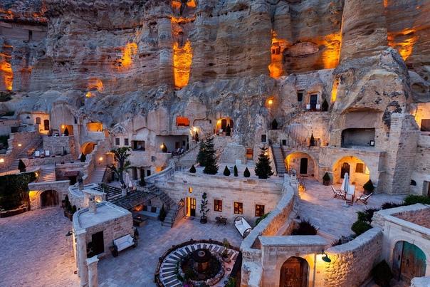 Пещерный отель Yuna Evleri (Каппадокия)