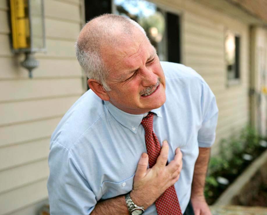 Атеросклероз является основной причиной сердечных приступов.