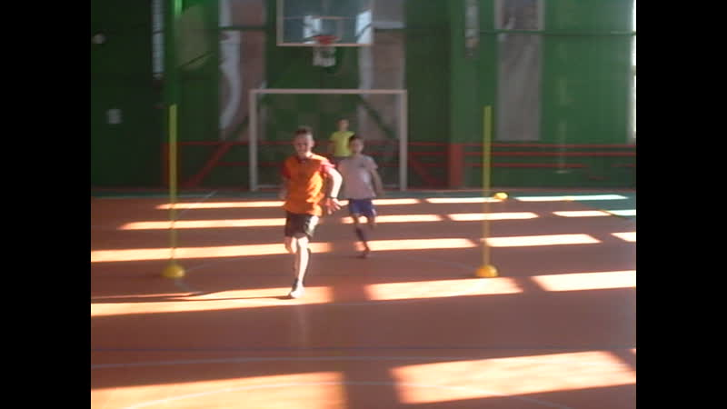 ДФШ Бойцов Team. Упражнение № 21 : Игра 1V1 после упражнения на ловкость и спринта вокруг конуса.
