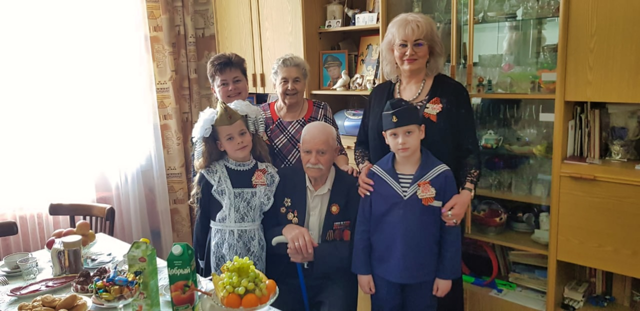 Поздравили ветеранов с Днём Победы